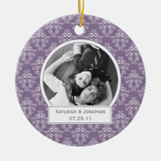Verzierung lila und weiße Herzen, die Andenken Keramik Ornament