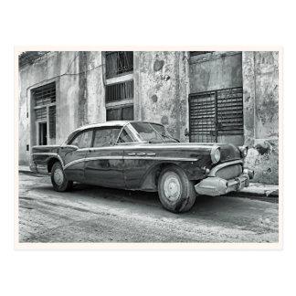 Vieille voiture vintage carte postale