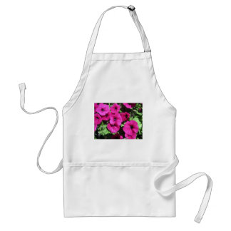 Viele lila Petunien Schürze