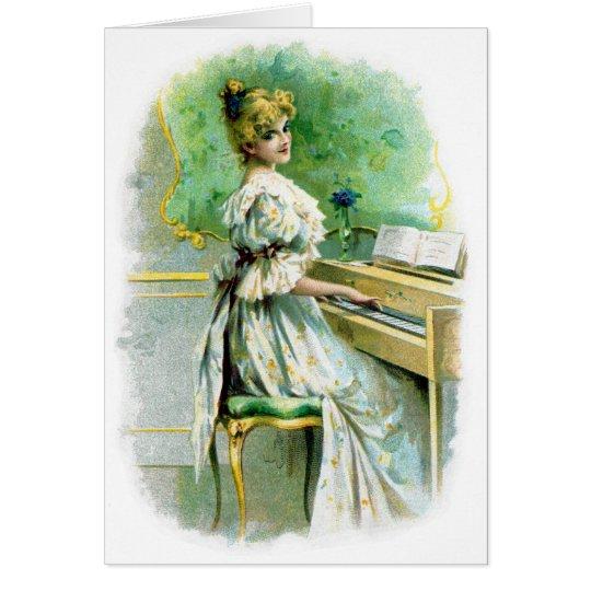 Viktorianische Frau, die Klavier spielt Karte