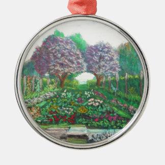 Viktorianischer Garten an den volleren Gärten Rundes Silberfarbenes Ornament