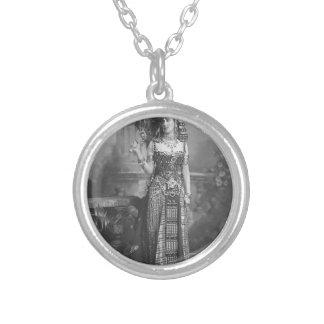 Viktorianisches altes ägyptisches Kostüm Halskette Mit Rundem Anhänger