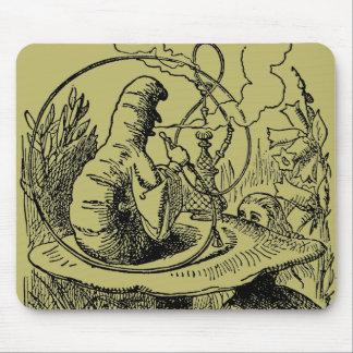 Vintage Alice im Wunderlandhookah-Raupe Mauspads