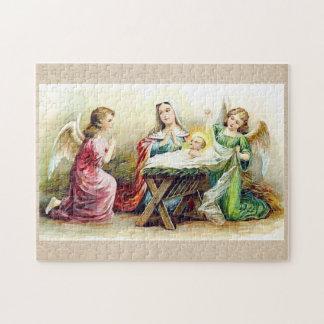 Vintage Engel, die Baby Jesus und Mary umgeben
