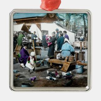 Vintage japanische Familien im Markt altes Japan Silbernes Ornament