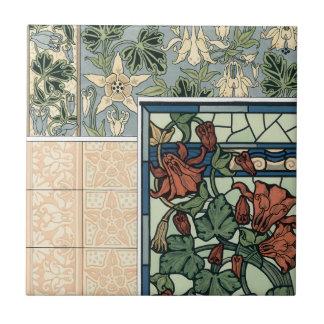 Vintage Kunst Nouveau, Blumen Columbines Aquilegia Fliese
