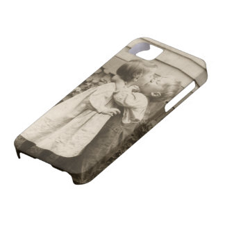 Vintage Liebe Romance, küssende Kinder, erster Barely There iPhone 5 Hülle