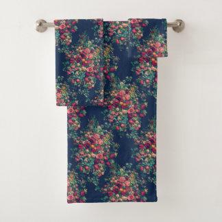 Vintage Rosen-klassischer blauer Farbdamast mit Badhandtuch Set