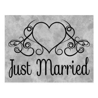 Vintager gerade verheirateter grauer und schwarzer postkarte