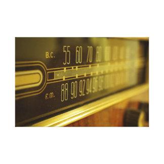 Vintager Radio - das Glühen Leinwanddruck