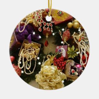 Vintager Schmucku. Edelsteinviktorianischer Wreath Keramik Ornament
