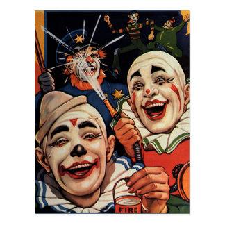 Vintager Spaß, lachende Zirkus-Clowns und Polizei Postkarte