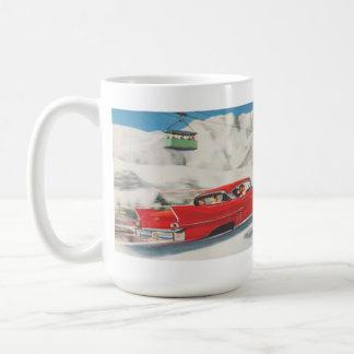 Vintager Wintersport, Autos und Standseilbahnen Haferl
