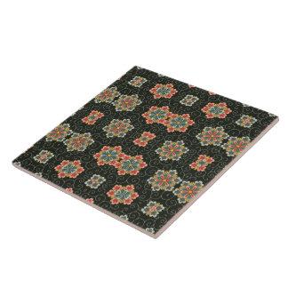 Vintages Blumen auf Schwarzem Große Quadratische Fliese