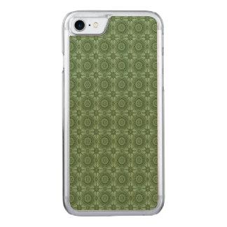 Vintages geometrisches Blumenmuster-weises Grün Carved iPhone 8/7 Hülle