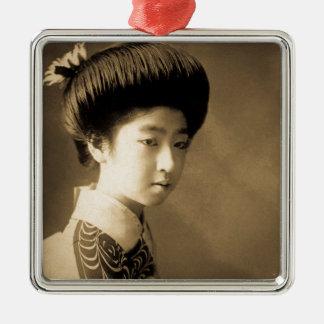 Vintages klassisches japanisches SchönheitGeisha Quadratisches Silberfarbenes Ornament