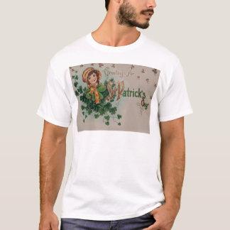 Vintages Kleeblatt-Mädchen von Erin St Patrick Tag T-Shirt