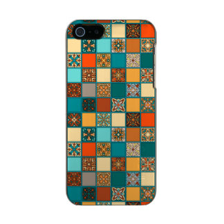 Vintages Patchwork mit Blumenmandalaelementen Incipio Feather® Shine iPhone 5 Hülle