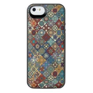Vintages Patchwork mit Blumenmandalaelementen iPhone SE/5/5s Batterie Hülle