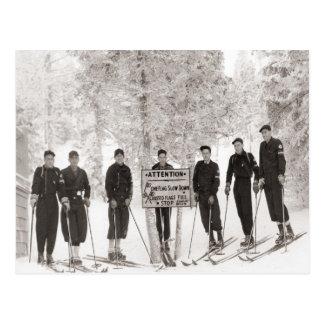 Vintages Skibild, Gruppen-Foto Postkarte