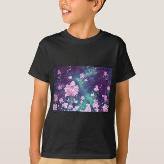 violett mit Grund des Himmels T-Shirt