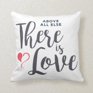 Vor allem gibt es Liebe-Quadrat-Kissen Kissen