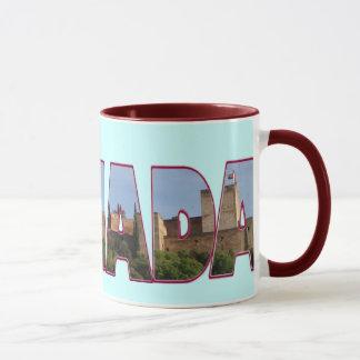 Vornehmer Alhambra zerteilt Tasse