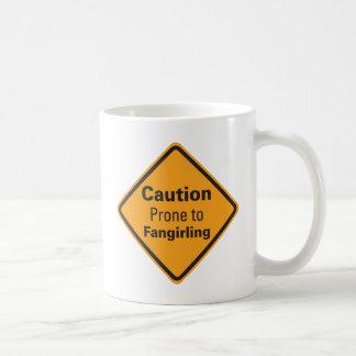 Vorsicht anfällig für Fangirling Tasse Tasse