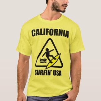 Vorsicht: nasser Boden T-Shirt