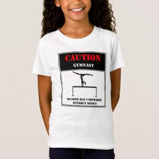 Vorsicht: Träger kann Wagenrad ohne vorherige T-Shirt