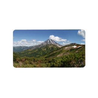 Vulkanische Landschaft des schönen Panoramasommers Adressetikett