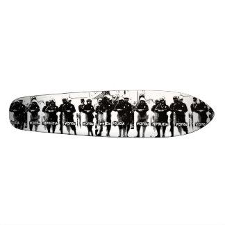 W.M. Longboard Skateboard-Plattform - Policia Individuelle Decks