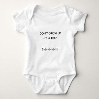 Wachsen Sie nicht auf Baby Strampler