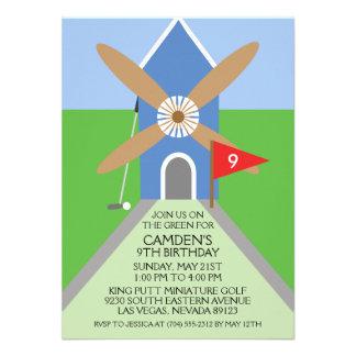Wahres blaues Miniaturgolf-Windmühlen-Geburtstags- Personalisierte Einladungskarte