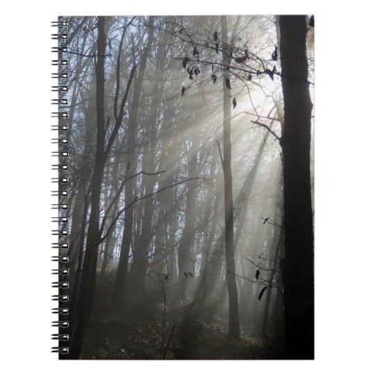 Waldmorgen-Nebel-Foto-Notizbuch Notizblock