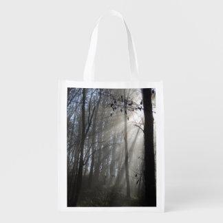 Waldmorgen-Nebel-wiederverwendbare Tasche Wiederverwendbare Einkaufstasche