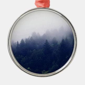Waldnebel Rundes Silberfarbenes Ornament