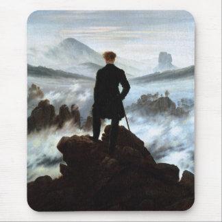 Wanderer über dem Meer des Nebels durch Friedrich Mousepad