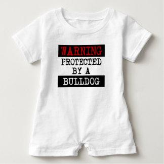 Warnen geschützt durch eine Bulldogge Baby Strampler
