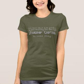 Wartete meinen Starship Kapitän T-Shirt