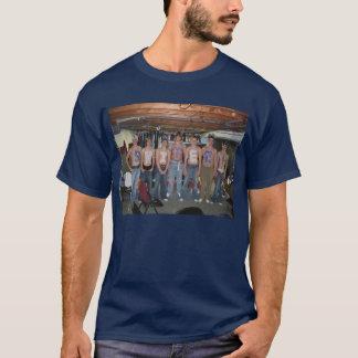 Was können Sie mit Chris Ervasti buchstabieren? T-Shirt