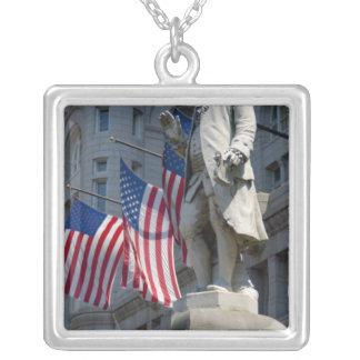 Washington, DC, Statue von Benjamin Franklin Versilberte Kette