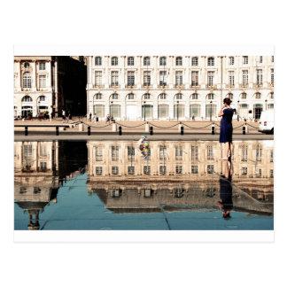 Wasser-Spiegel im Bordeaux Postkarte