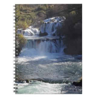 Wasserfall-Anmerkungs-Buch Notizblock