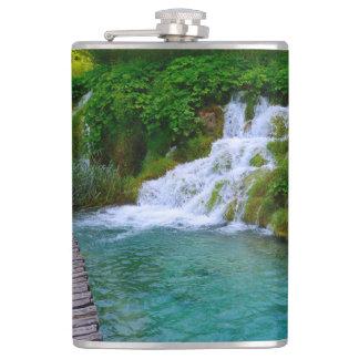 Wasserfälle an Plitvice Nationalpark in Kroatien Flachmann
