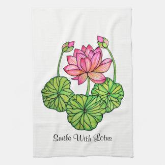 Watercolor-rosa Lotos mit den Knospen u. Blätter Geschirrtuch