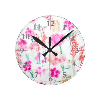 Watercolor Spring Sunshine Flower Garden Clock Runde Wanduhr