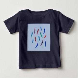 Watercolor versieht Baby-T - Shirt mit Federn