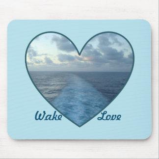 Wecken Sie Liebe Mauspads