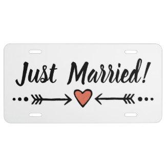 Wedding rosa Herz-Flitterwochen - gerade US Nummernschild